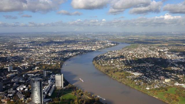 Der Rhein in Bonn