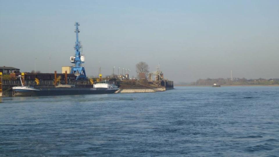 Der Rhein – eine wichtige Schifffahrtsstraße