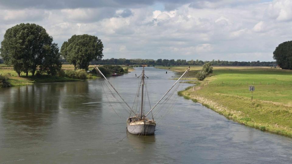 Die Weser bei Schlüsselburg mit Aalfänger